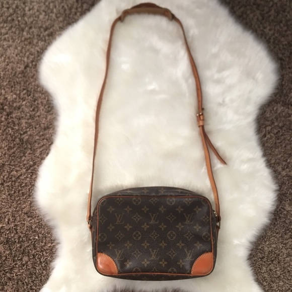 Louis Vuitton Handbags - Authentic Louis Vuitton Monogram Trocadero Bag